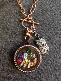 Chocolate and rose gold give a warmth to this Harry Potter locket. Contact me at abnavywife.oo@gmail.com or visit my website abnavywife.origamiowl.com to build your own.
