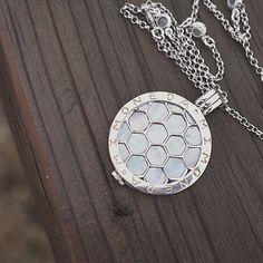 A silver statement. #appeltsdiamonds #MiMoneda #Coin #Jewellery #Fashion #Interchangeable #silver #winnipeg #jeweller