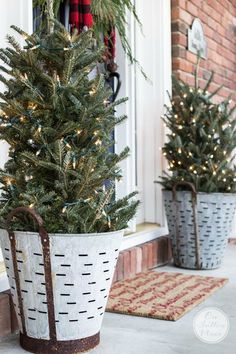 Festive & Frugal Christmas Porch Decor - On Sutton Place Porch Christmas Tree, Potted Christmas Trees, Christmas Doormat, Outside Christmas Decorations, Christmas House Lights, Front Porch Ideas For Christmas, Christmas Tree Bucket, Navidad Simple, Navidad Diy