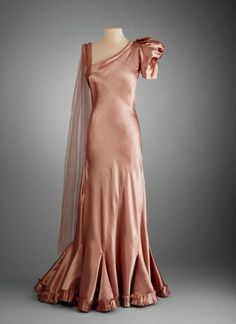 Evening dress, Robert Piguet, Circa 1933-7 …