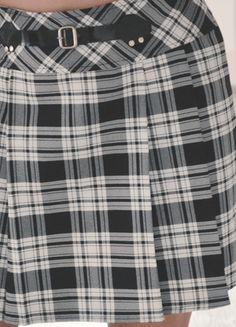 Kup mój przedmiot na #vintedpl http://www.vinted.pl/damska-odziez/spodnice/12448001-spodniczka-w-kratke-rozkloszowana-modna-s