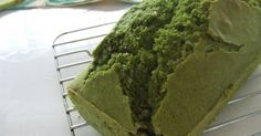Great recipe for Easy Matcha Green Tea Pound Cake with Pancake Mix and Okara. To be honest, I wanted to eat matcha castella cakes, but I was too lazy. Mix reeeeeeally well when making the dough.  Although this recipe uses granulated sugar, the powdered matcha makes it rather mild, to suit an adult palate. To please children, add more sugar or serve with condensed milk, brown sugar syrup (kuromitsu), or kinako soy flour. For 8 x 17 x 6 cm [3.1 x 6.7 x 2.4 in] loaf pan. Recipe by Kyaorihime
