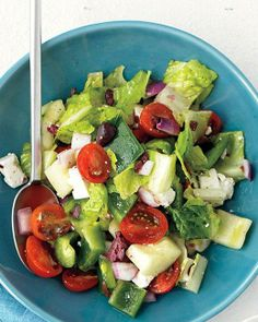 """See the """"Chopped Greek Salad"""" in our Quick Vegetarian Main Course Recipes gallery Best Greek Salad, Greek Salad Recipes, Lunch Recipes, Vegetarian Recipes, Cooking Recipes, Healthy Recipes, Kale Recipes, Avocado Recipes, Vegetarian Cooking"""