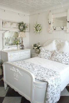 Love this gray and white shabby chic bedroom~ Cottage Chic, White Cottage, Shabby Cottage, Cottage Style, Cottage Farmhouse, Farmhouse Style, Country Cottage Bedroom, French Country Bedrooms, Country Bedroom Design