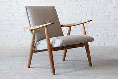 Hans Wegner GE-260A Getama Oak Easy Chair - Click for more images