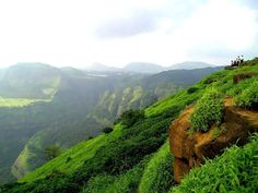 Lonavla, a hill station in Pune district is one of the best tourist places in India for more information visit this site- http://famoustouristspotsofindia.blogspot.in/
