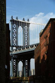 Manhattan Bridge, NYC, USA by Christophe Cario