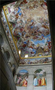 the ceiling above the stairwell in the monastery in San Lorenzo El Escorial Spain Spanish Architecture, Religious Architecture, Beautiful Architecture, Monuments, Escorial Madrid, Foto Madrid, Baroque Painting, Jesus Painting, Fresco