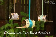 Use recycled aluminum cans to make these cute DIY bird feeders! Projects For Kids, Diy For Kids, Craft Projects, Crafts For Kids, Craft Ideas, Diy Ideas, Recycling Projects, Kids Fun, Creative Ideas