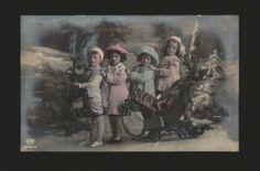 画像1: ドイツantique postcardプレゼントいっぱいのソリと子供達