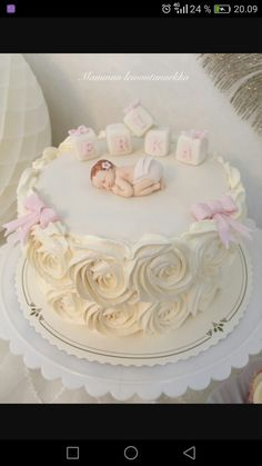 Torta Baby Shower, Cupcakes, Cupcake Cakes, Baby Girl Cakes, 1st Birthday Cakes, Communion Cakes, Baby Christening, Pretty Cakes, Cakes And More