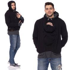 Con questo uomo freddo indossando la giacca, infine anche i papà possono portare il suo bambino. In tal modo, papà e bambino stare al caldi e averlo davvero confortevole quando si indossa. La giacca che indossa dallaspetto sportivo è fatto di tessuto a maglia spazzolato. È perfetto