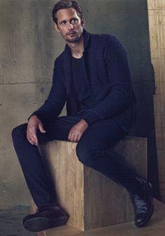 Alexander Skarsgård GQ STYLE EDITORIAL ALL BLACK SWEATERS DENIM PANTS BOOTS HAIR BEAUTY MENS STYLE FASHION BLOG 1