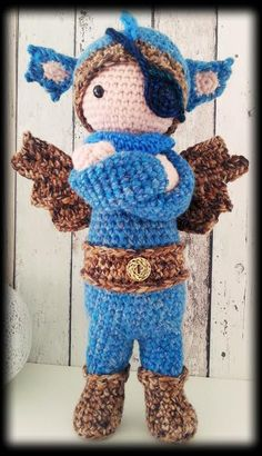 pirate DIRK the dragon made by Linda K. / crochet pattern by lalylala