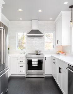 U-shaped kitchen in white and grey & Small Kitchen Layout Swap in Under 200 Square Feet & Model Remodel, Seattle, WA (© Cindy Apple. The post U-shaped kitchen in white and grey Square Kitchen Layout, Kitchen Layout U Shaped, Small Kitchen Cabinet Design, Kitchen Cabinets Design Layout, Small U Shaped Kitchens, Small American Kitchens, Small Kitchen Tables, Small Kitchen Layouts, Small Kitchen Cabinets