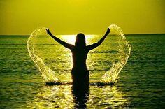Libertà tra le onde del mare