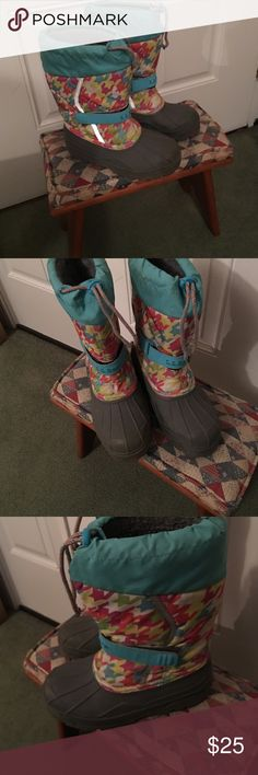 Girl L.L. Bean winter snow boot In EUC ! Insulated . Size 2 big girls. L.L. Bean Shoes Rain & Snow Boots