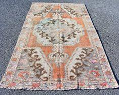 Turkish rug Oushak rug Vintage rug Turkey rug by turkishrugstar Black Rug, Hand Knotted Rugs, Vintage Rugs, Bohemian Rug, Etsy Seller, Turkey, Unique Jewelry, Black Carpet, Turkey Country