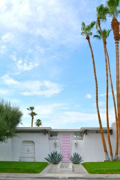 Jess Loves This Life : That Pink Door, The Parker, & Must See's in Palm Springs