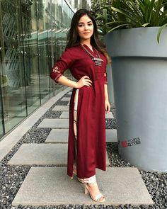 Plus size Designer Dresses Casual Indian Fashion, Indian Fashion Dresses, Dress Indian Style, Indian Designer Outfits, Indian Outfits, Fashion Outfits, Indian Wear, Indian Attire, Western Outfits
