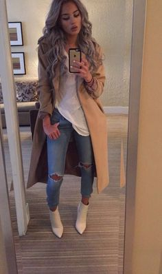 Imperfect love fashion, passion for fashion, womens fashion, fashion styles Mode Outfits, Casual Outfits, Fashion Outfits, Womens Fashion, Latest Fashion, Classy Fall Outfits, Lit Outfits, Casual Boots, Casual Jeans