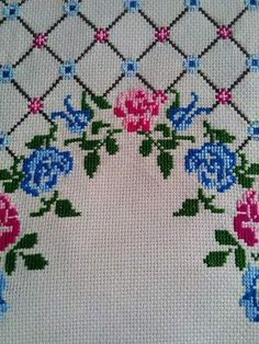 This Pin was discovered by Нео Cross Stitch Rose, Cross Stitch Flowers, Cross Stitch Designs, Cross Stitch Patterns, Teapot Cover, Palestinian Embroidery, Swedish Weaving, Prayer Rug, Yarn Shop