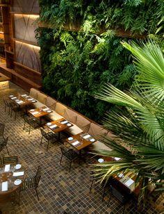 Restaurante Kaa - Arthur Casas- vast living walls in a restaurant Bar Interior, Restaurant Interior Design, Outdoor Restaurant Design, Decoration Restaurant, Interior Ideas, Restaurant En Plein Air, Luxury Restaurant, Restaurant Restaurant, Modern Restaurant