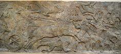 Tiglath-Pileser III sitiando uma cidade