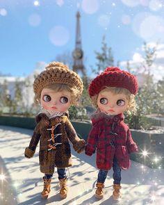おしゃまな金時ちゃん💝 ちなみにお問い合わせがありますビーズツリー🎄は私の手作りざますよ〜(♡ᴗ͈ˬᴗ͈)⁾⁾⁾💕💕💕💕 #ブライス #ブライスカスタム #ブライスアウトフィット #ブライス大人女子部 #ブライス好きな人と繋がりたい #おしゃれ好きな人と繋がりたい… Beret, Blythe Dolls, Doll Toys, Christmas Ornaments, Crochet, Cute, Gifts, Outfits, Collection