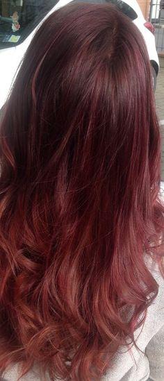 Spotted...in salone!!! Nuova luce ai tuoi capelli con il servizio Starlight, in esclusiva solo presso i Centri Degradé Joelle Parrucchieri #cdj #degradejoelle #starlight #illuminaituoicapelli #clientefelice