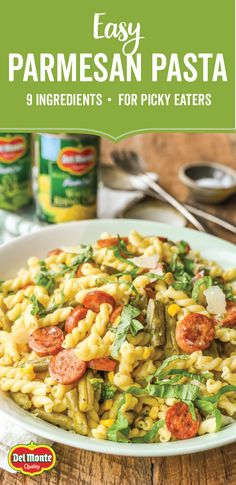Containing simple and tasty ingredients—like Del Monte® Fresh Cut Blue Lake Cut Green Beans and Fresh Cut Sweet Whole Kernel Corn—this Easy Parmesan Pasta recipe is far from ordinary! Thanks to its delicious combination of flavors, from chicken sausage and fresh basil to fresh cracked black pepper and shredded Parmesan cheese, this pasta dish is sure to become a go-to when you're in search of a quick and flavorful dinner idea.