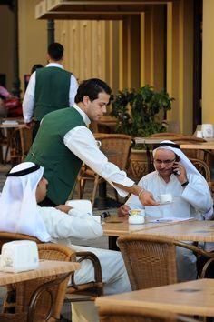 Dubai, Yhdistyneet Arabiemiraatit, Yhdistyneet Arabiemiirikunnat, kaupunkiloma, kaupunkimatka, matka, matkavinkit, metropoli, suurkaupunki, kahvila