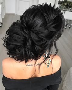 diy hairstyles for girls Loose Hairstyles, Bride Hairstyles, Wedding Headband, Bridal Hair, Wedding Hair And Makeup, Hair Makeup, Braided Prom Hair, Medium Hair Styles, Long Hair Styles