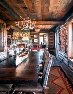 A couple finds authentic Western charm in Big Horn, Wyoming Western Decor, Rustic Decor, River Rock Fireplaces, Alpine Lodge, Ranch Decor, Luxury Cabin, Mountain Living, Lodge Style, Western Homes