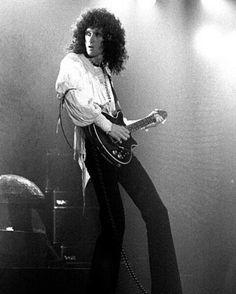 Queen Ii, I Am A Queen, Save The Queen, John Deacon, Freddie Mercury, Adam Lambert, Brian's Song, Queen Brian May, Roger Taylor