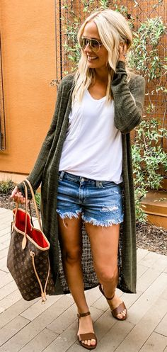Brilliant Summer Outfits To Wear Now - Woman Casual Mode Outfits, Short Outfits, Casual Outfits, Fashion Outfits, Womens Fashion, Gray Outfits, Spring Summer Fashion, Spring Outfits, Summer Wear