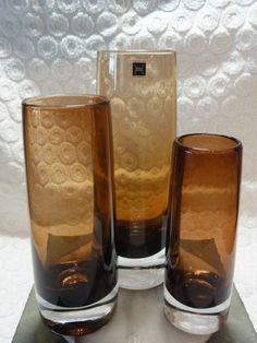 3 stk brune vaser fra Hadeland glassverk (tre ulike størrelser) , selges samlet som gruppe 300.-kroner Constitution Day, Amber Glass, Glass Design, Pint Glass, Norway, Scandinavian, Pottery, Vase, Culture