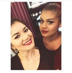 Beauty Team da NYX do shopping Boulevard de Belém usando respectivamente os Round Lipstick Black Cherry e Snow White