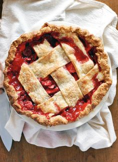 Sometimes, whether it's for a date or one of those Pinterest-perfect outdoor dinner parties that everyone seems to have in the summer, you need a pie that's charmingly rustic and straight-up tasty. This is that pie.
