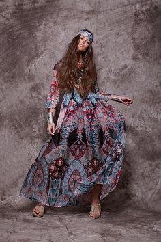Vestido largo estampado en turquesa y fucsia - 233,90€ : Zaitegui - Moda y ropa de marca para señora en Encartaciones