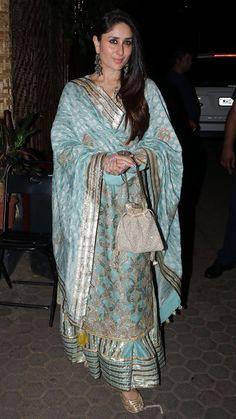 Kareena-Kapoor-Khan-in-Simar-Duggal-at-Malika-Bhatts-Diwali-party - Christmas-Desserts Pakistani Bridal Dresses, Pakistani Dress Design, Indian Dresses, Indian Outfits, Pakistani Suits, Sharara Designs, Kurti Designs Party Wear, Kareena Kapoor Saree, Priyanka Chopra