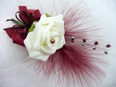 Risultati immagini per burgundy corsage ideas