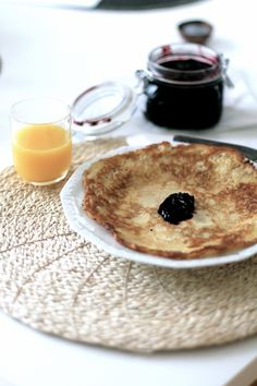 pancakes with blueberry jam