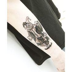 : pierrot Detail♠️♣️♥️♦️ . . #tattooistbanul #tattoo #tattooing #drawing #pierrot #pierrottattoo #blackworkers #blackwork #tattoomagazine #tattooartist #tattoostagram #tattooart #inkstinctsubmission #tattooinkspiration #타투이스트바늘 #타투 #삐에로 #삐에로타투 #그림
