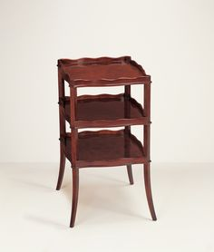 23001 // Decca // Traditional Collection // Traditional Hand Carved Side Table
