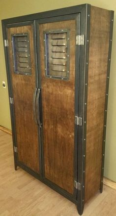 Vintage Industrial Decor Industrial Locker 046 Industrial Style Furniture by Industrial Lockers, Modern Industrial Furniture, Industrial House, Rustic Industrial, Rustic Furniture, Vintage Furniture, Diy Furniture, Furniture Design, Industrial Bathroom