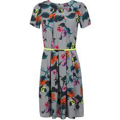 Miss Selfridge Grey Floral Tea Dress ($22) ❤ liked on Polyvore featuring dresses, miss selfridge, mid grey, floral dress, tea party dresses, flower pattern dress, gray dress and floral tea dress