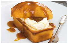 These loafs are similar to a layered cake and can be halved and filled with cream. Drizzled with caramel sauce to finish it off. Vanilla Essence, Kitchen Recipes, High Tea, Caramel, Vegetarian, Sugar, Treats, Drink, Baking