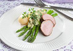 Svinemørbrad med asparges Lækker hovedret med friske grønne asparges og nye kartofler  Denne opskrift kommer fra Slankedoktor.dk.