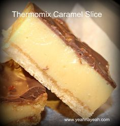 I do not exaggerate when I say the is the best ever thermomix caramel slice. I actually doubled the amount of caramel that I usually use and it was a velvety smash hit in our home! Sweet Recipes, Cake Recipes, Dessert Recipes, Bellini Recipe, Thermomix Desserts, Gateaux Cake, Slice Recipe, Delicious Desserts, Yummy Food